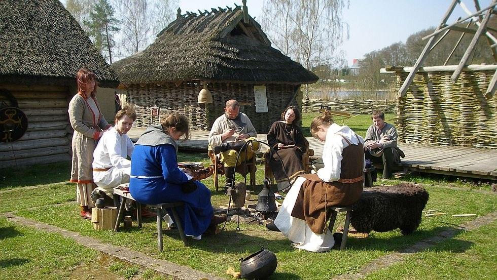 Das Leben im Freilichtmuseum, © Landesamt für Kultur und Denkmalpflege Mecklenburg-Vorpommern, Landesarchäologie